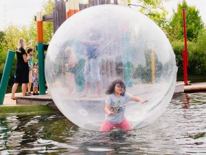Annie in a bubble