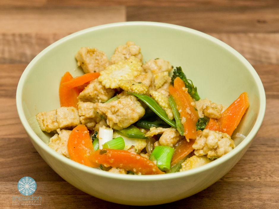Quorn stir-fry with Lemongrass & turmeric marinade