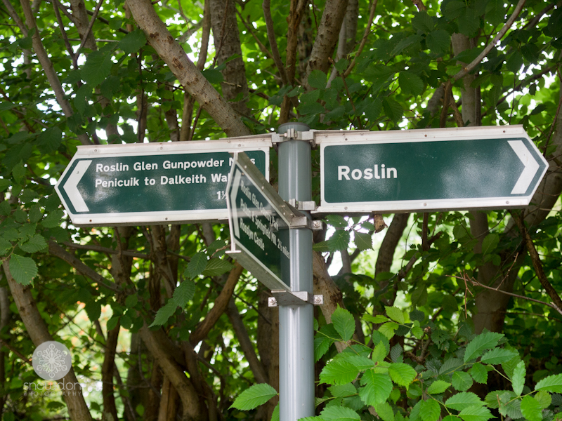 Direction to Roslin