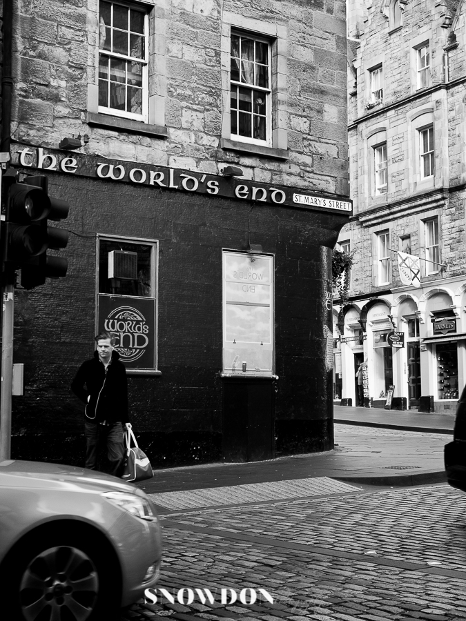 The World's End pub, Edinburgh, Scotland